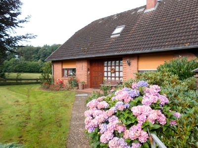 Photo for Holiday home for 6 guests with 150m² in Lütjenwestedt (29672)