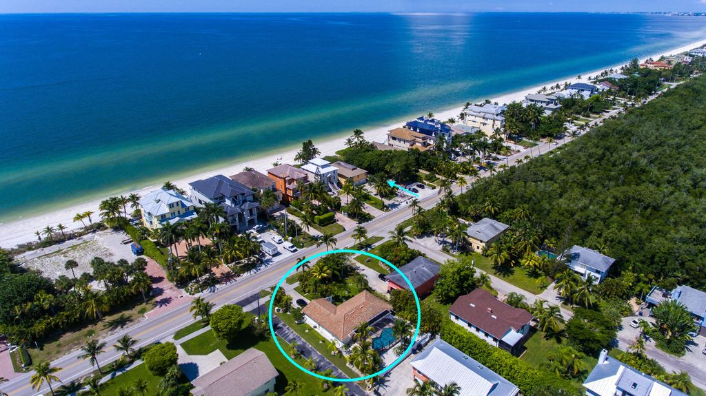 Dolphin House Pool Home On The Gulf Of Mexico Walk To Beach Share Bonita Springs Fl