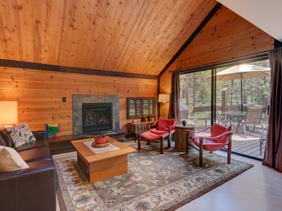 Photo for Cozy Cabin in the heart of Sunriver! Short walk to SHARC and the Village Mall