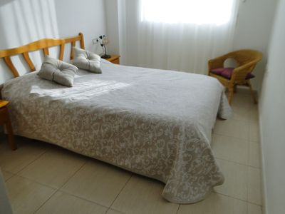 Photo for 2 Bedrm Apt. Sleeps 6, Internet, A/C, SAT.TV,Jacuzzi, Pets,Beach & Town Centre