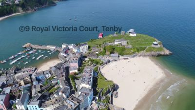 Photo for Tenby Town Holiday Apartment 4* Location location location