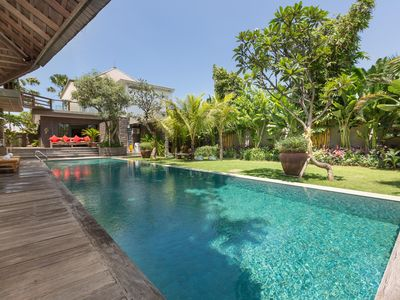 Photo for Luxury Vintage Ethnic style, 2 pools, 150m to Canggu Beach