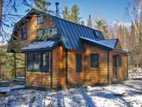 Fabulous cabin in excellent location to tour/hike/relax