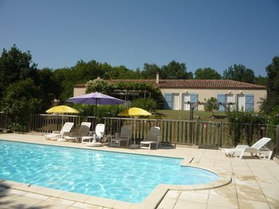 Photo for At the heart of LOT COTTAGE with large POOL in a green setting. Calme crack.