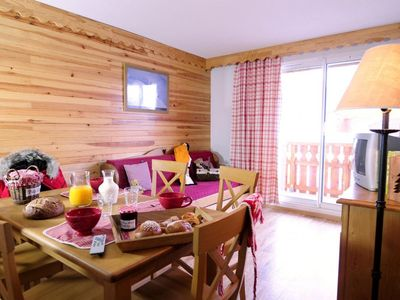 Photo for 1BR Apartment Vacation Rental in Allos