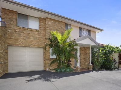 Photo for 3BR House Vacation Rental in Long Jetty, NSW