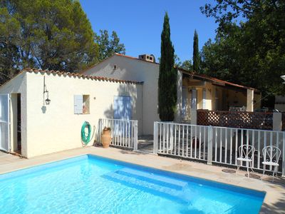 Photo for Provencal farmhouse in a preserved setting with stunning views