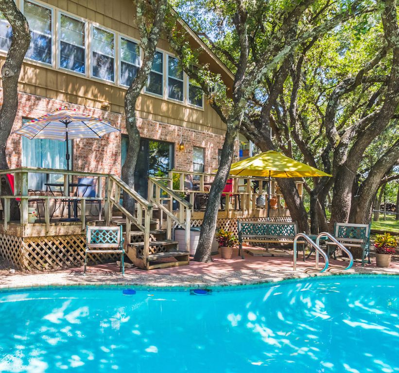 Dog Friendly Lake House With Lakeview Private Pool And