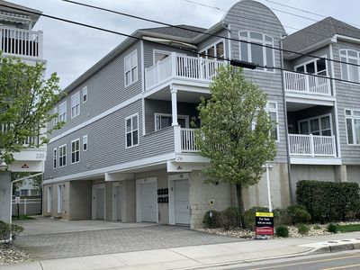 Photo for 1.5 blocks from the beach and boardwalk. Walking distance to Convention Center.