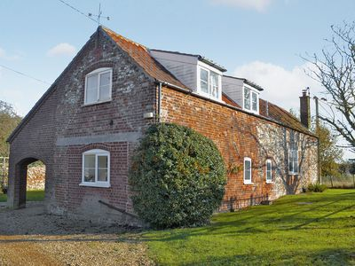 Photo for 2 bedroom accommodation in Stanhoe, near King's Lynn