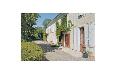 Photo for 7 bedroom accommodation in Cresse