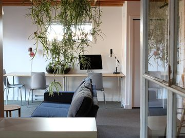 Bright Studio In Old Town District. Everything At Your Doorstep.