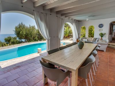 Photo for Luxurious villa with pool and sea views for 10 people in Font de sa Cala