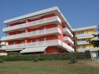 Photo for Holiday Apartment - 6 people, 50m² living space, 2 bedroom, Cabel TV, air conditioner, TV