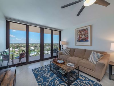Photo for Top Floor Updated Condo w/Large Balcony & WiFi; Heated Pool & Direct Beach Access; Walk to Dining