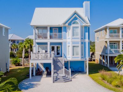 Photo for Gorgeous, updated 7 BR beach home! Pool, tennis, 3 dens!!