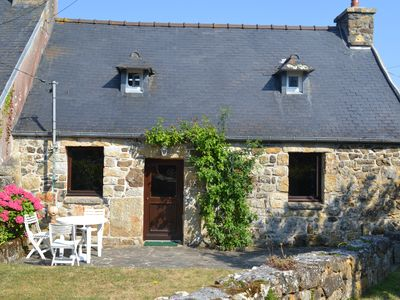 Photo for Charming penty near the beach Tromel, in the heart of the peninsula of Crozon