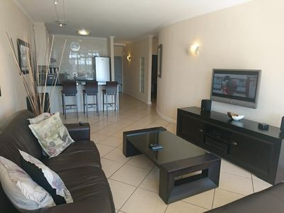 Photo for In Cape Town with Lift, Parking, Balcony (675702)