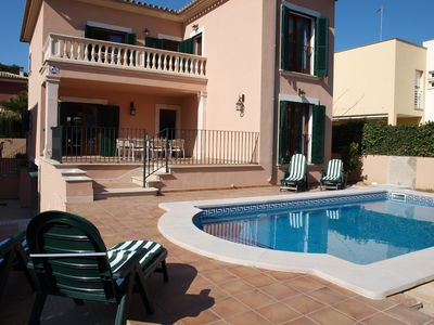 Photo for Holiday house with pool for 8 persons