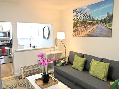 Photo for *Spa Shower*Tourist*Downtown/Convention/Beach/Subway 3-bed-1-bath B287