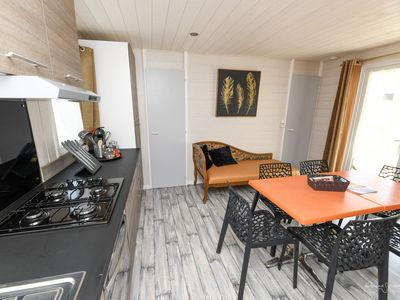 Photo for Nice chalet with pool access and Wifi