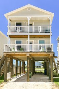 """Photo for """"Lifetime of Memories"""" with Seas The Day - HOWARD STREET PROPERTIES ARE NEW!"""