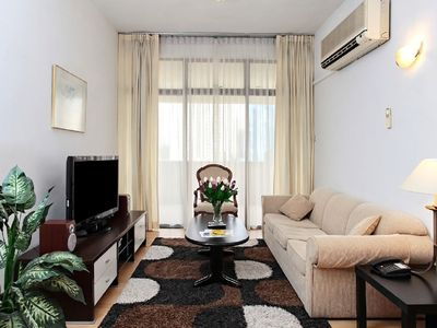 Deluxe 3 Bedroom Apartment in Orchard