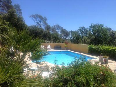 Photo for Holiday Home Provence Pool house with splendid view, calm area