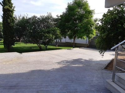 Photo for Independent villa with pool.  In sevilla.