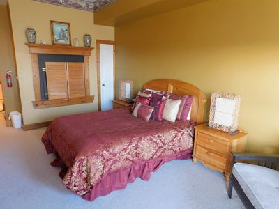 Photo for Studio Room with Queen Bed and Futon