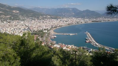 Photo for Platanus 5 Alanya overlooking the city of alanya, the castle, the Mediterranean and the beach.
