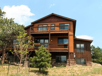 Photo for Luxury Mountain Home That Is Walking Distance To Lake Estes And Downtown Estes