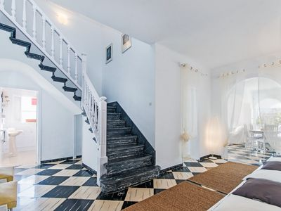 """Photo for Wonderfully Luxurious Majorcan Villa """"Bambú"""" Close to the Beach with Air Conditioning, Wi-fi and SAT-TV; Public Parking on the Street"""