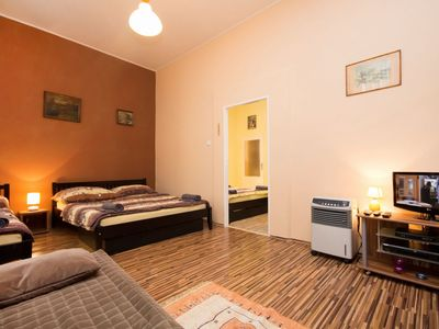 Photo for Cosy apartment for 5 people with A/C, WIFI, TV, pets allowed and parking