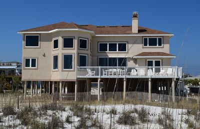 Photo for Fantastic Gulf Front Home, Ideal for Events and Family Reunions.