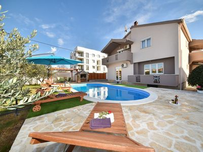 Photo for This 5-bedroom villa for up to 10 guests is located in Zadar and has a private swimming pool, air-co