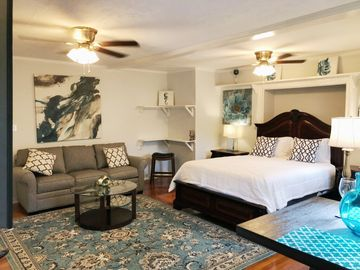 Grand Opening-20% discounted rate! Awesome Apartment in Oak Lawn/Turtle  Creek