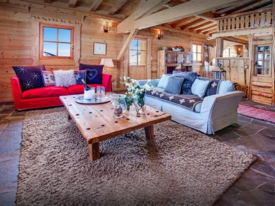 Photo for Ski-in ski-out chalet on piste is a great choice for skiers - OVO Network