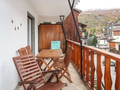 Photo for Apartment Casa Ginevra (OUX100) in Sauze d'Oulx - 6 persons, 1 bedrooms