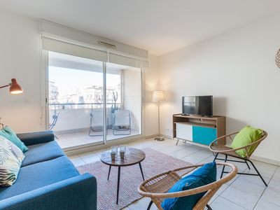 Photo for T3 fully renovated 2 steps from the Old Port