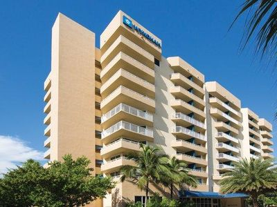 Photo for Lovely Condo w/ Beach Access, WiFi , Resort Pool and Spa & More!