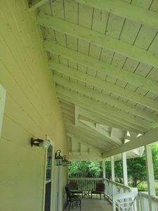 HIGH Southern Plantatio Porch ceilings on front porch
