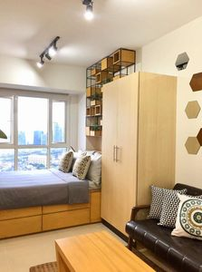 Photo for Your Homey and Cozy Home in the Heart of Metro