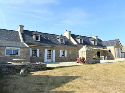 Photo for Magnificent farmhouse with panoramic views in Audierne