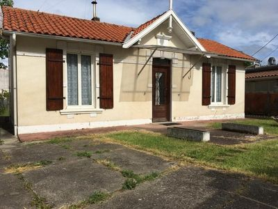 Photo for Apartment Royan, 2 bedrooms, 7 persons