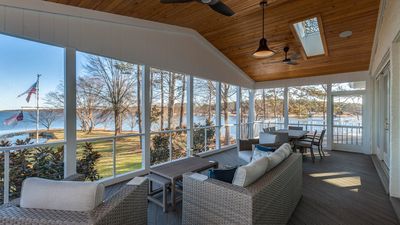 Photo for Luxury 4BR home on Main Lake, fabulous point lot