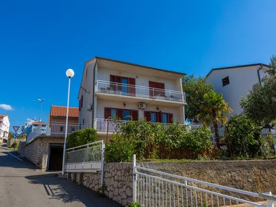 Photo for Holiday apartment with air conditioning, WiFi and sea views