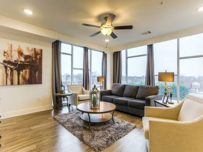 Photo for Luxurious Dowtown Top Floor corner unit-Wall of Windows 2bed 2 bath Condo- #515