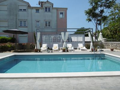 Photo for Exclusive Villa Luka Apartment Cream with swimming pool, in a prime location