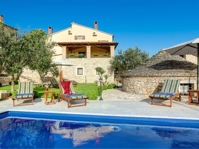 Photo for 3 bedroom Villa, sleeps 6 in Visignano with Pool, Air Con and WiFi